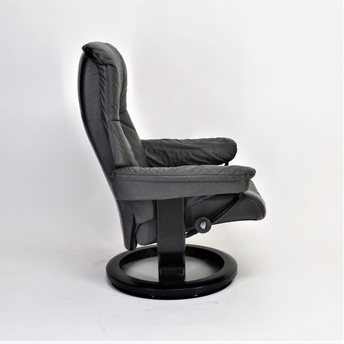 Ekornes Stressless Mayfair (M) mit Hocker